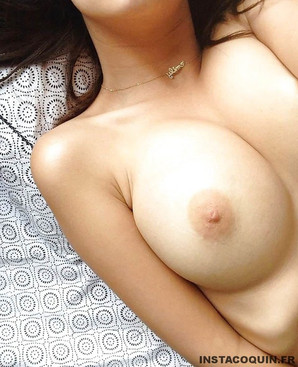 snap coquin - Emily Ratajkowski, ses photos sexy et nues