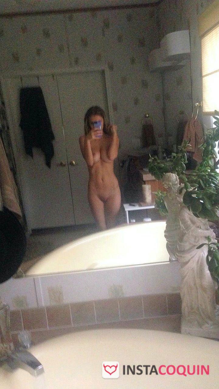 snap coquin - Album de Nudes d'une jeune fille très coquine